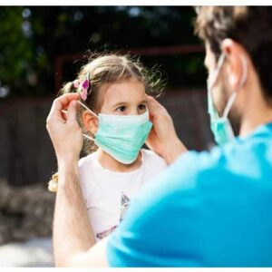 que-consideraciones-tener-para-proteger-a-tus-pequenos-al-salir-de-casa-salir-al-parque-en-coronavirus-mascarillas-ninos-coronavirus-arnes-antiperdida